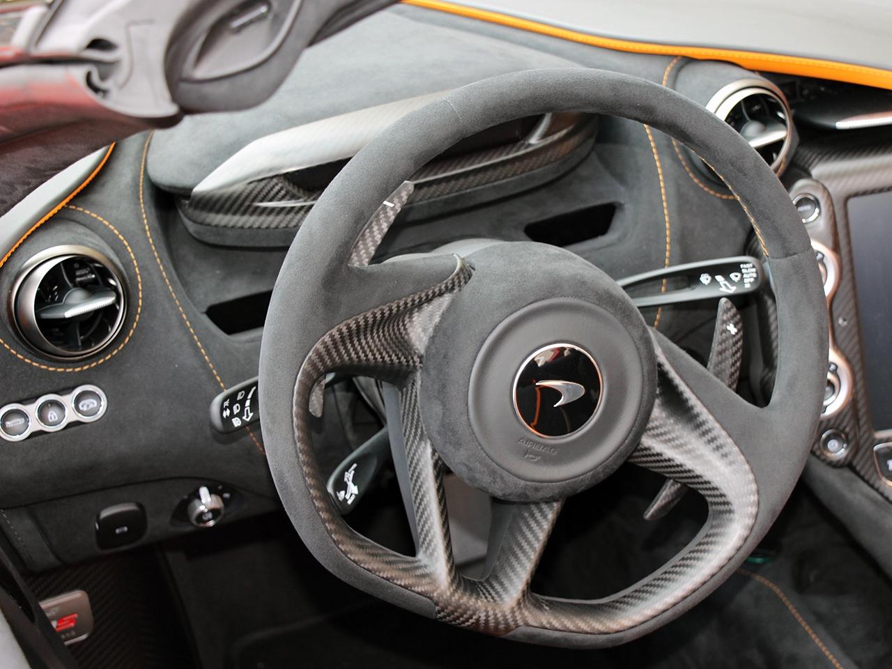 McLaren-720S-4