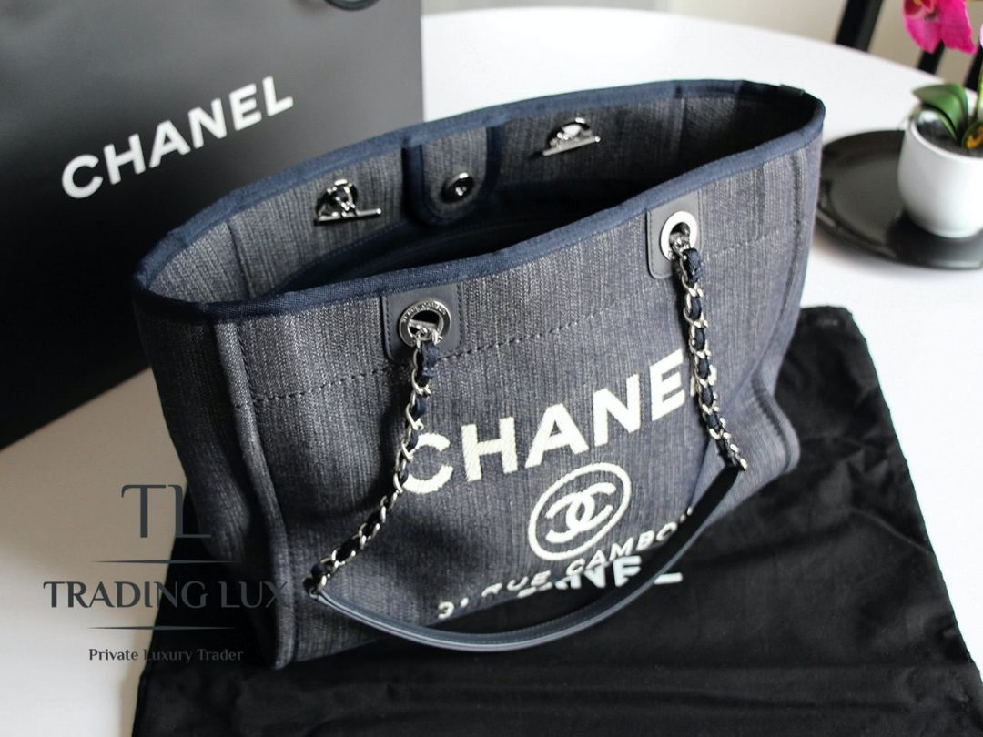 Chanel-Deauville-Jeans-1