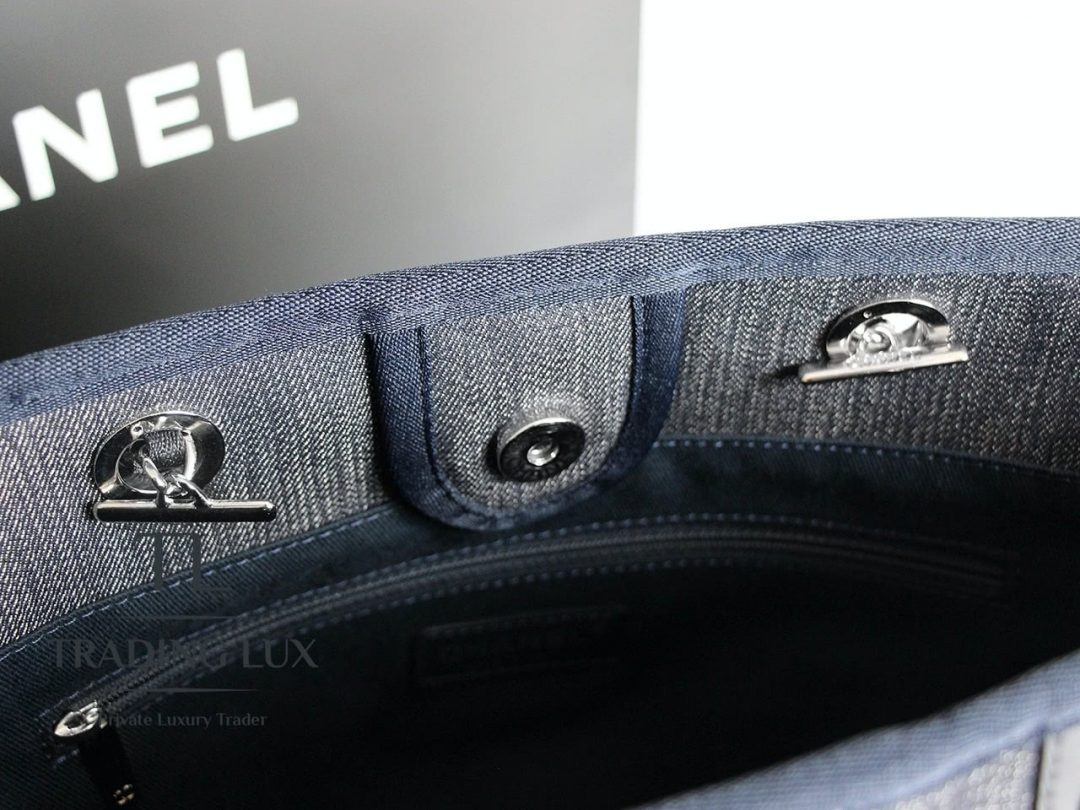 Chanel-Deauville-Jeans-4