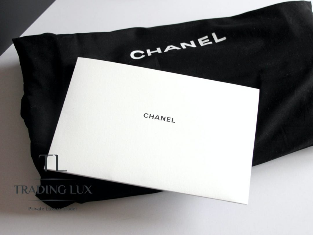 Chanel-Deauville-Jeans-8