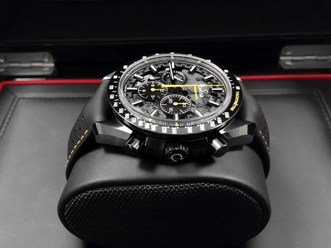 Omega-Speedmaster-44.25-Black-5