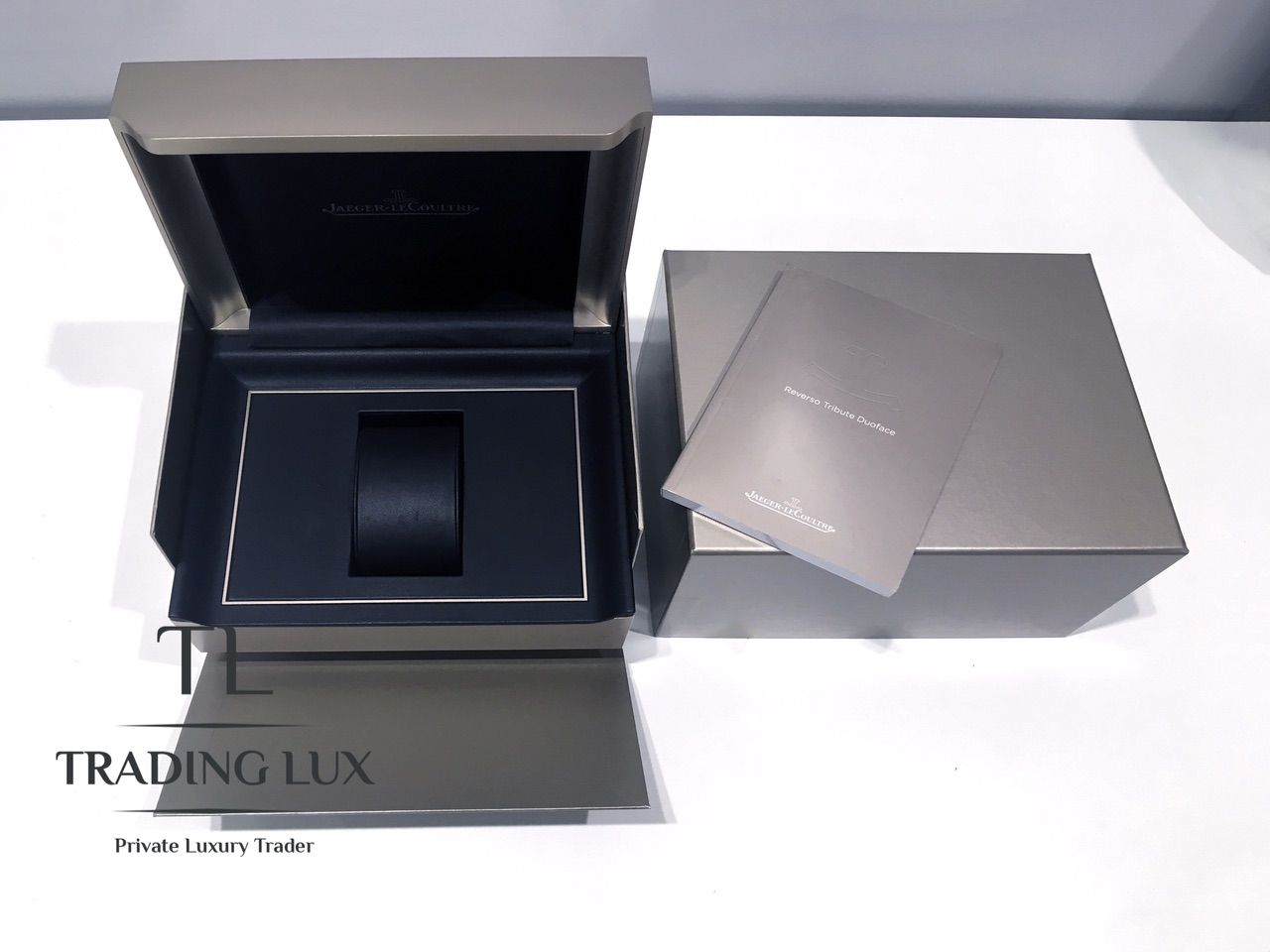 Jaeger-LeCoultre-Reverso-Tribute-Small-Seconds-11