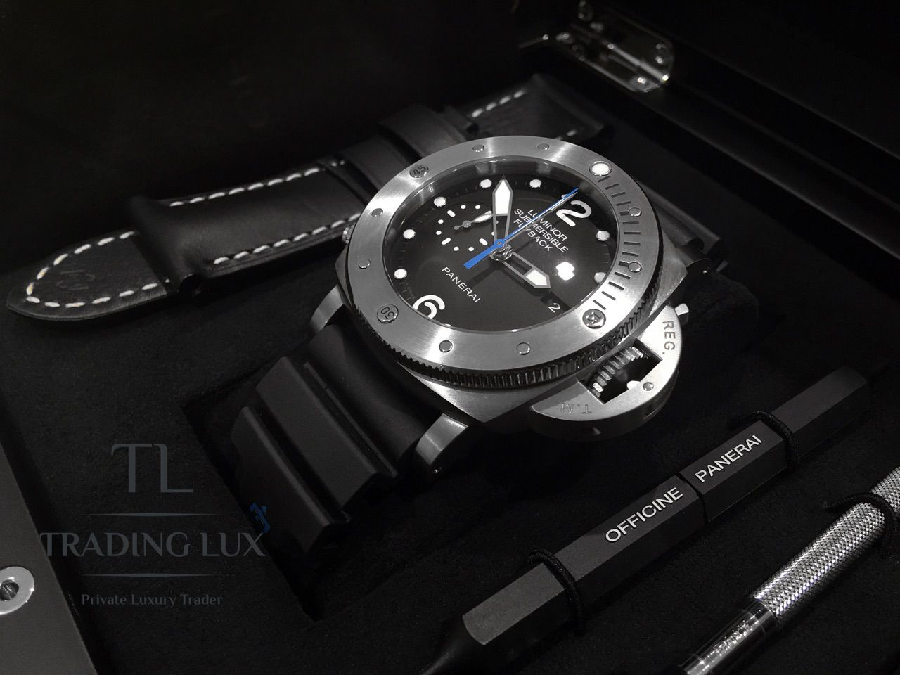 Panerai-Submersible-Chrono-PAM00614-0