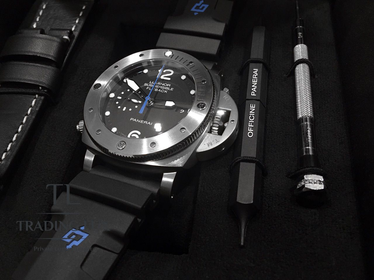 Panerai-Submersible-Chrono-PAM00614-12