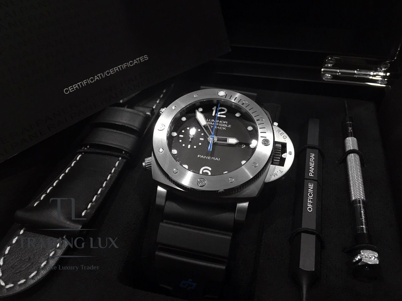 Panerai-Submersible-Chrono-PAM00614-13