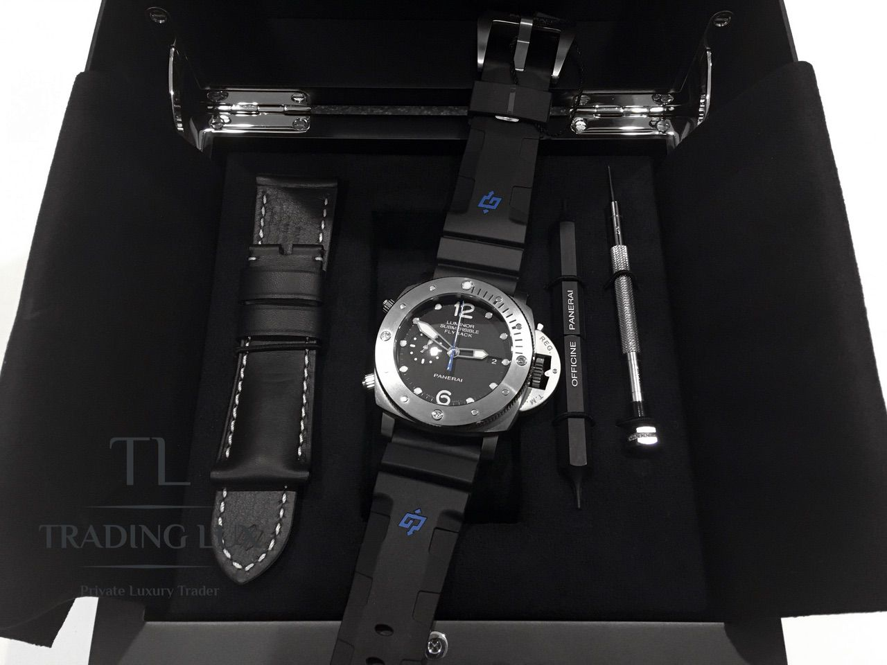 Panerai-Submersible-Chrono-PAM00614-16