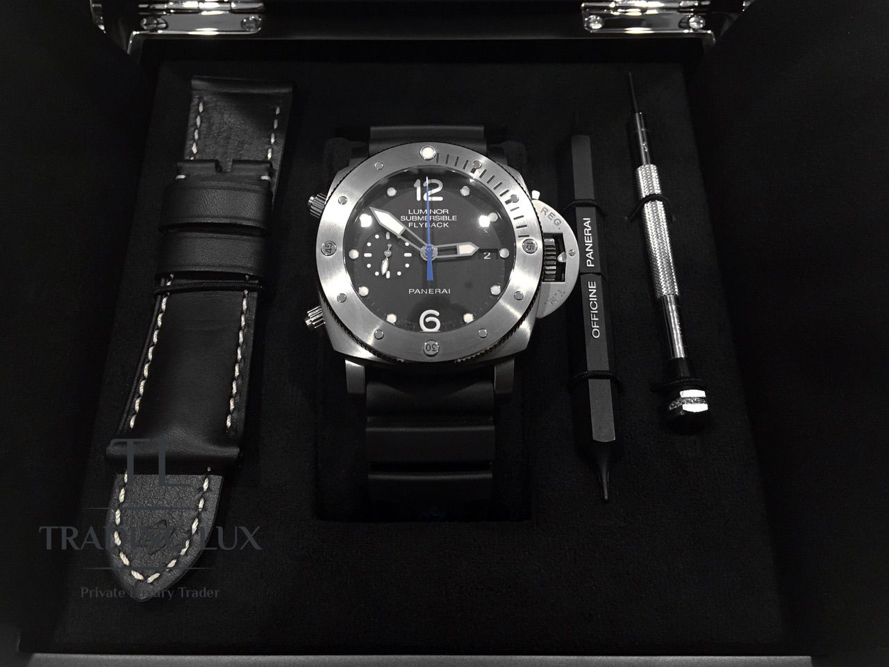 Panerai-Submersible-Chrono-PAM00614-19