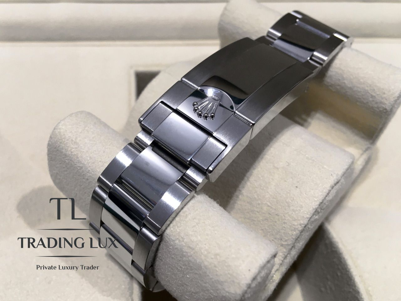 Rolex-Daytona-116500LN-Black-White13