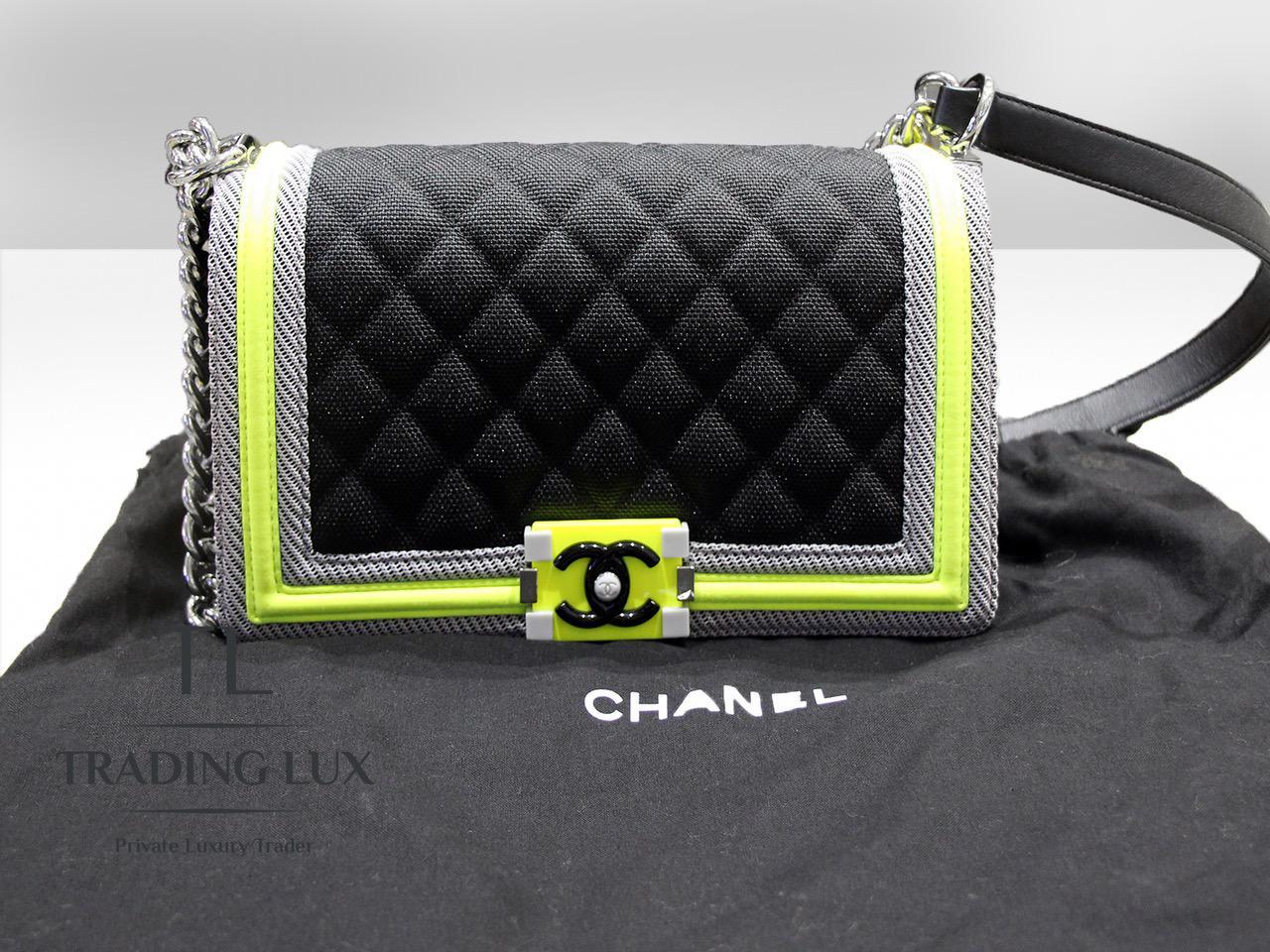 Chanel-Boy-Fluo-6