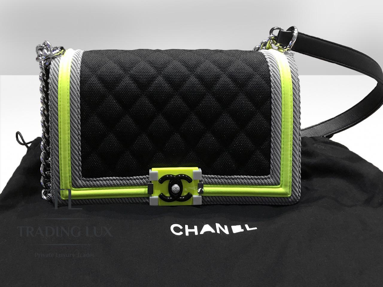 Chanel-Boy-Fluo-7
