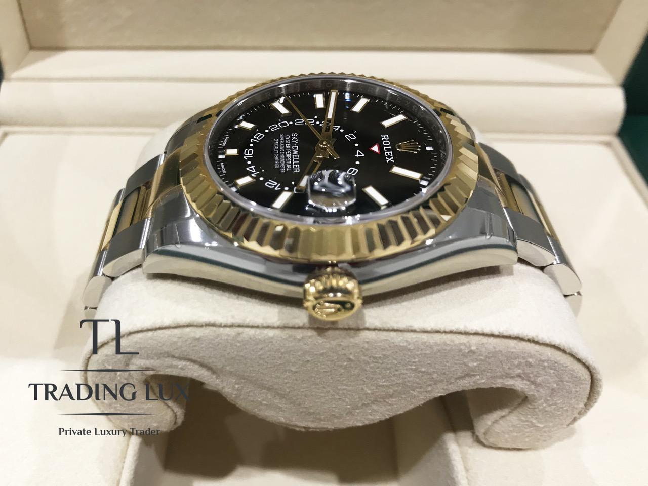 Rolex-Sky-Dweller-326933-4