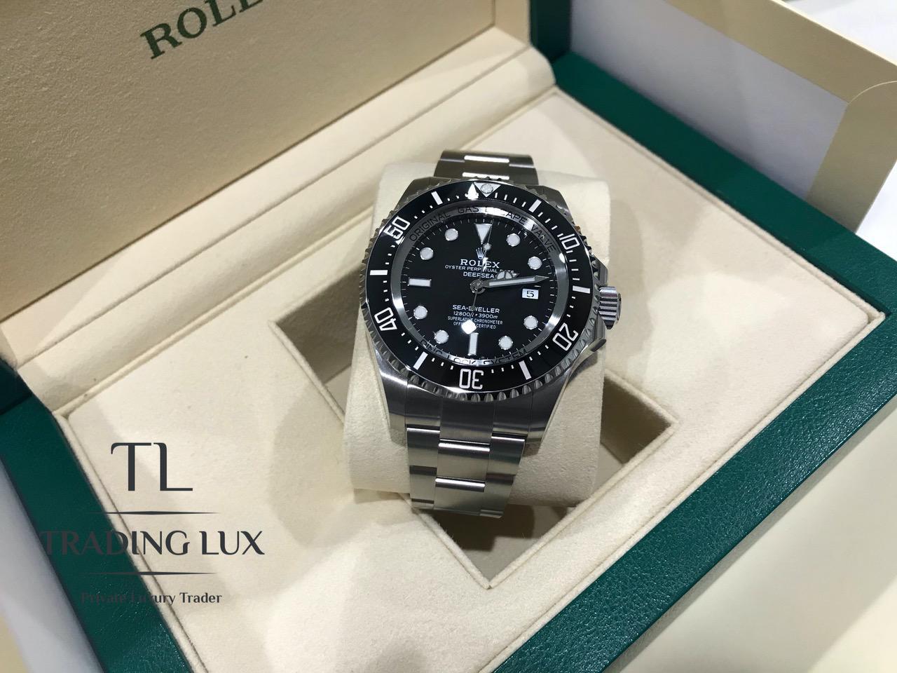 Rolex-Sea-Dweller-126660-10