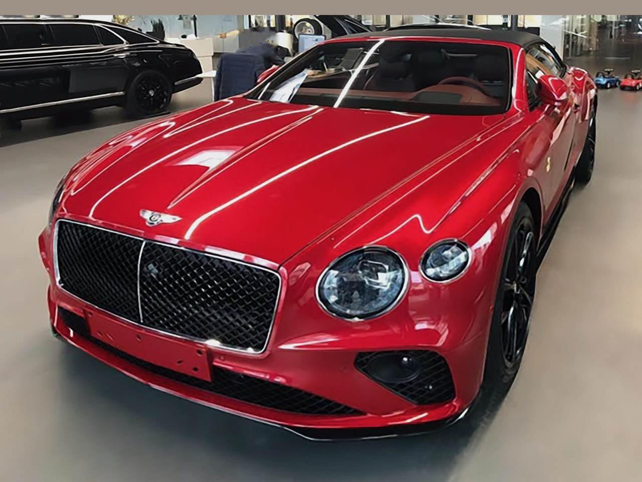 Bentley-Continental-GTC-Dragon-Red-0