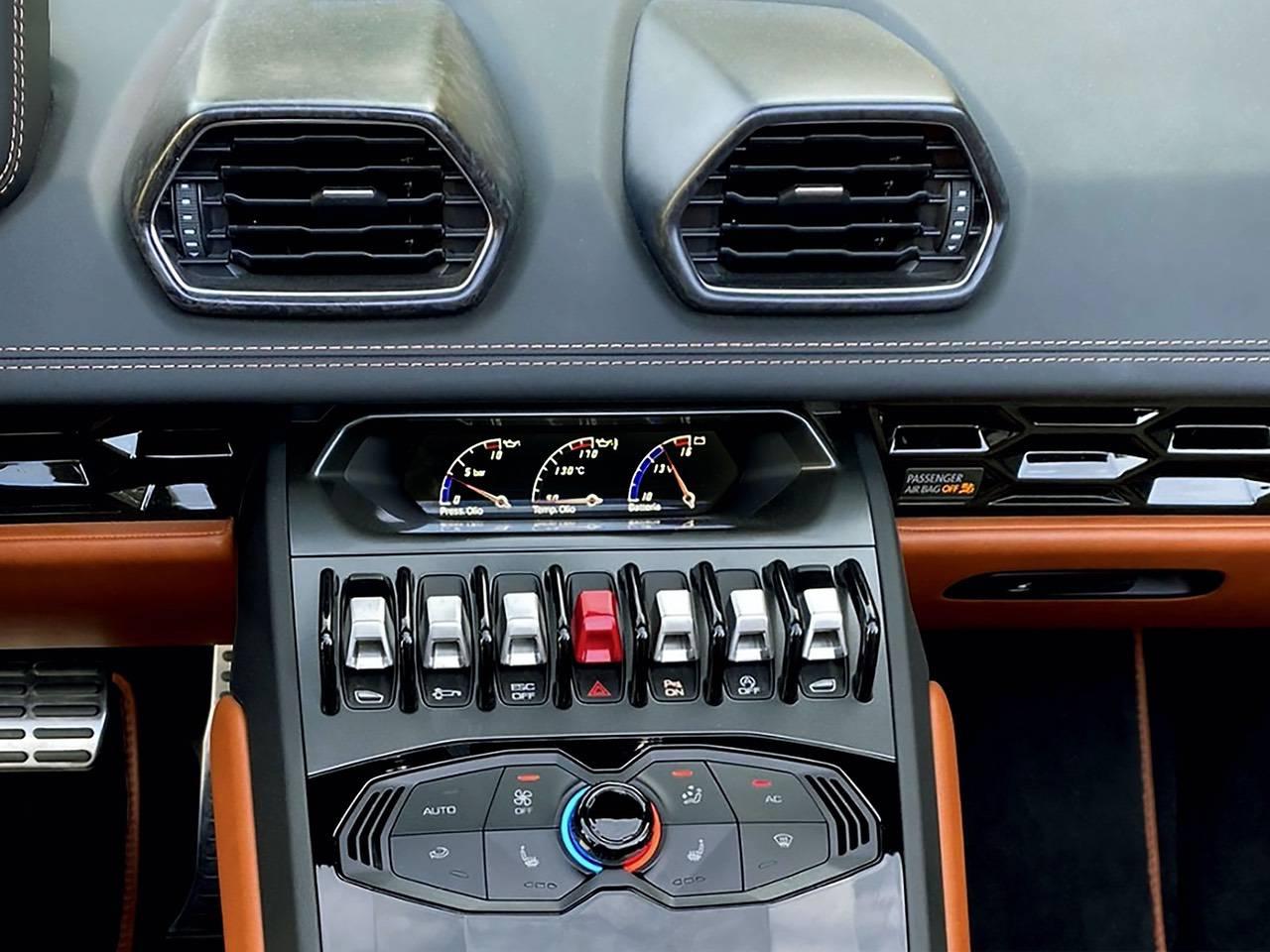 Lamborghini-Huracan-Spyder-0
