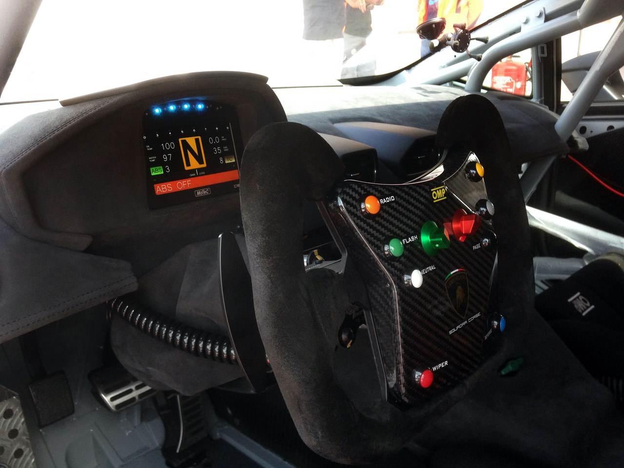 Lamborghini-Huracan-Super-Trofeo-3