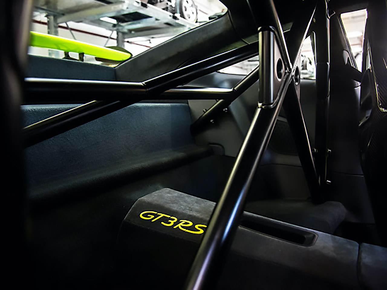 Porsche-911-991-GT3-RS-0