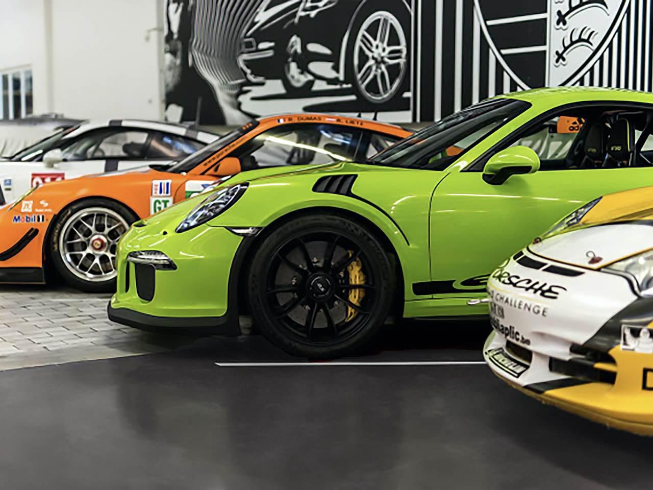 Porsche-911-991-GT3-RS-4