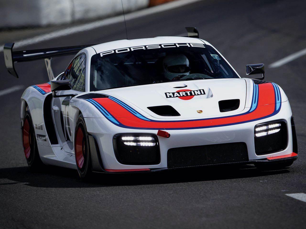 Porsche-935-Martini-Edition-0