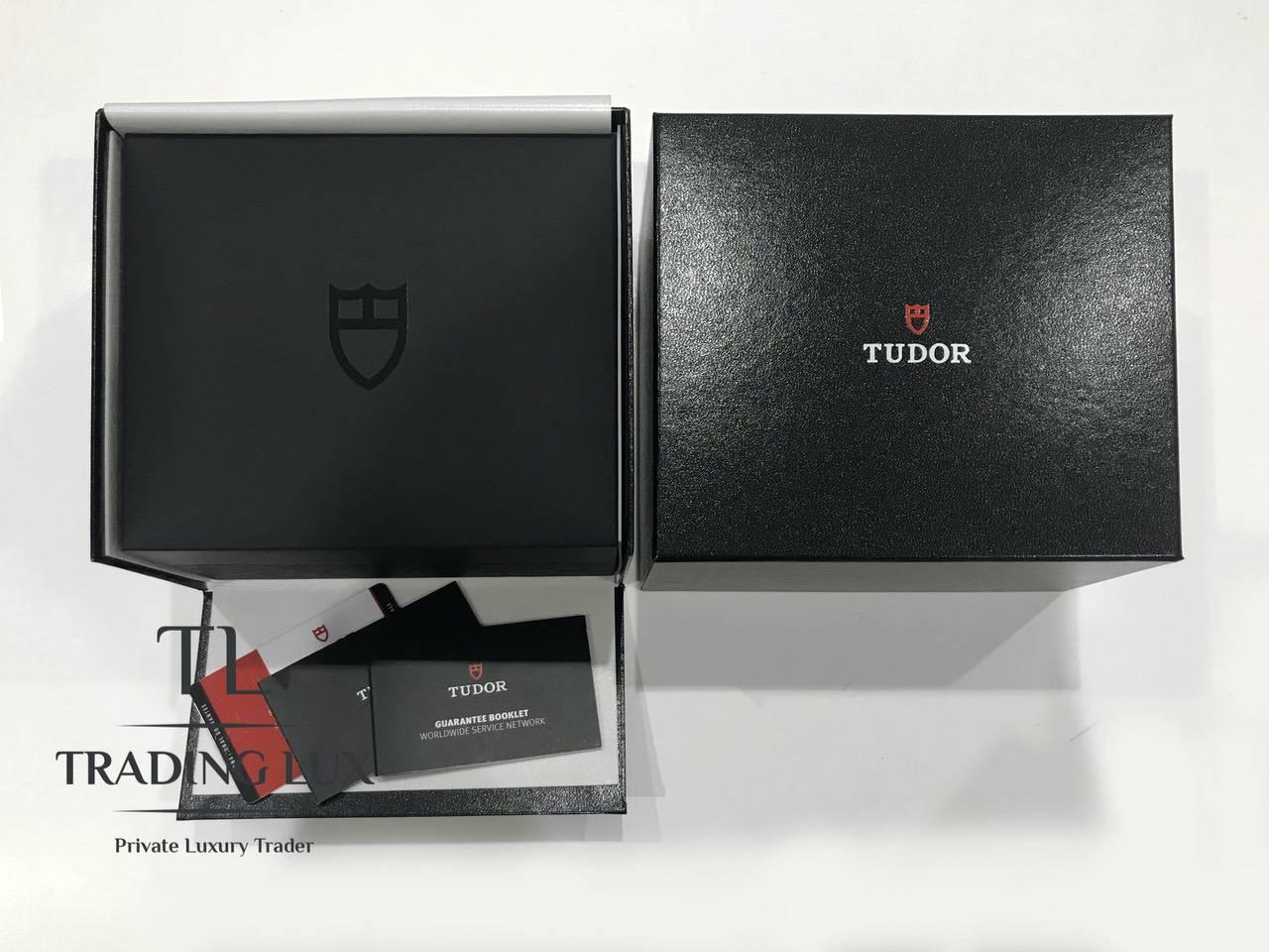 Tudor-Black-Bay-79230N-1