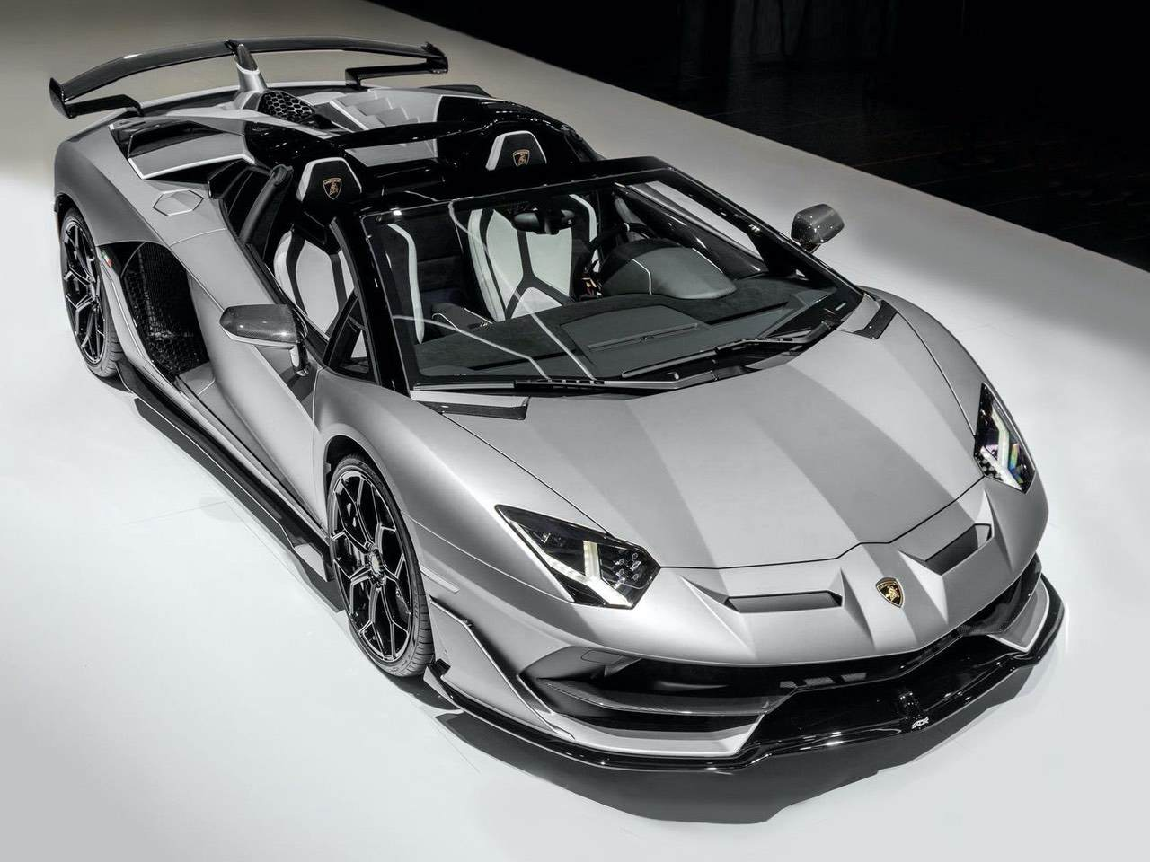 Lamborghini Aventador Svj Roadster Grey Tradinglux