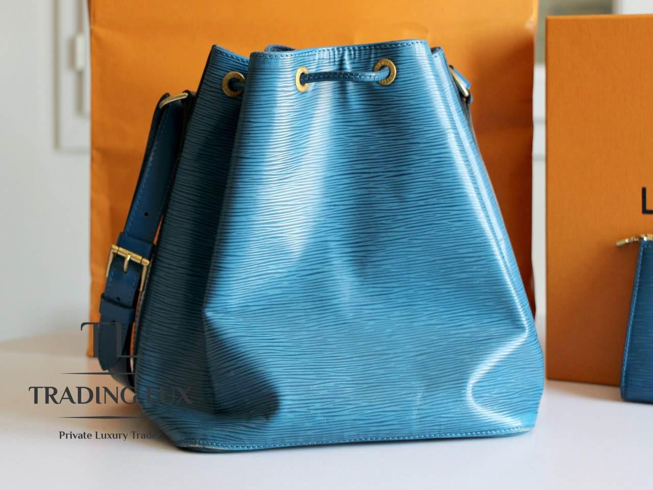 Louis-Vuitton-Noé-Blue-Epi-5