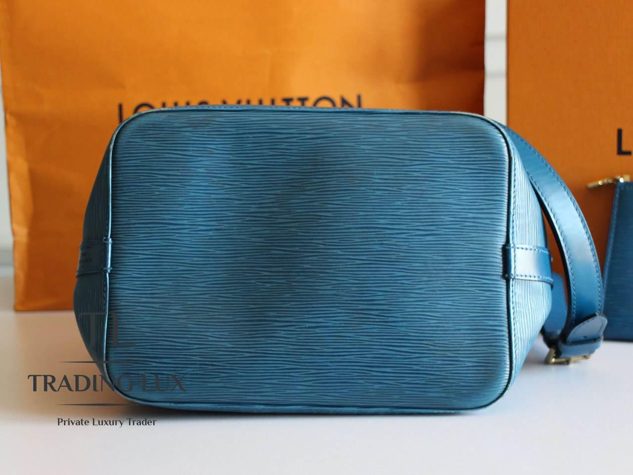 Louis-Vuitton-Noé-Blue-Epi-6