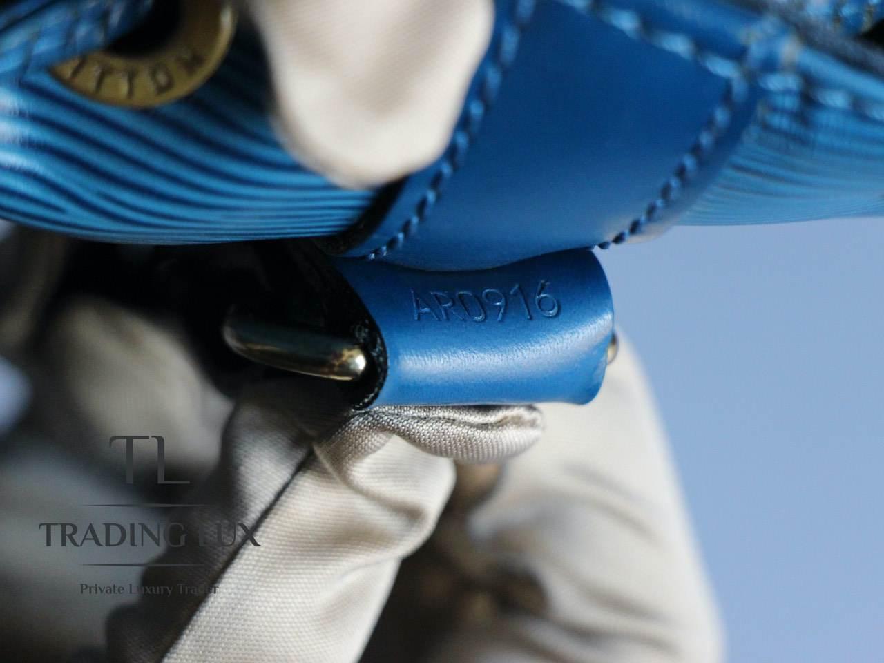 Louis-Vuitton-Noé-Blue-Epi-9