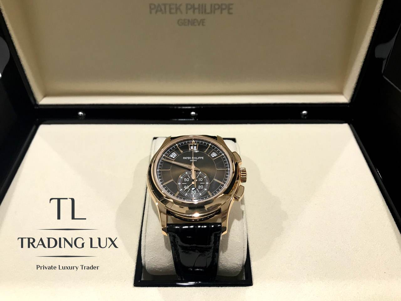 Patek-Philippe-Complications-5905R-001-0