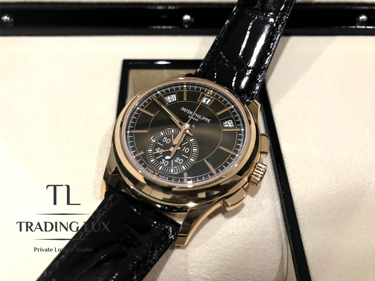 Patek-Philippe-Complications-5905R-001-5