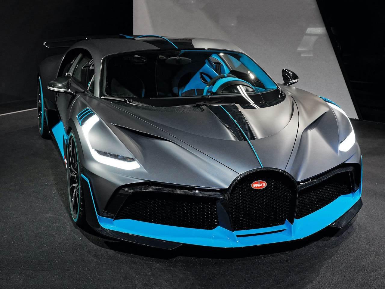Bugatti-Divo-0