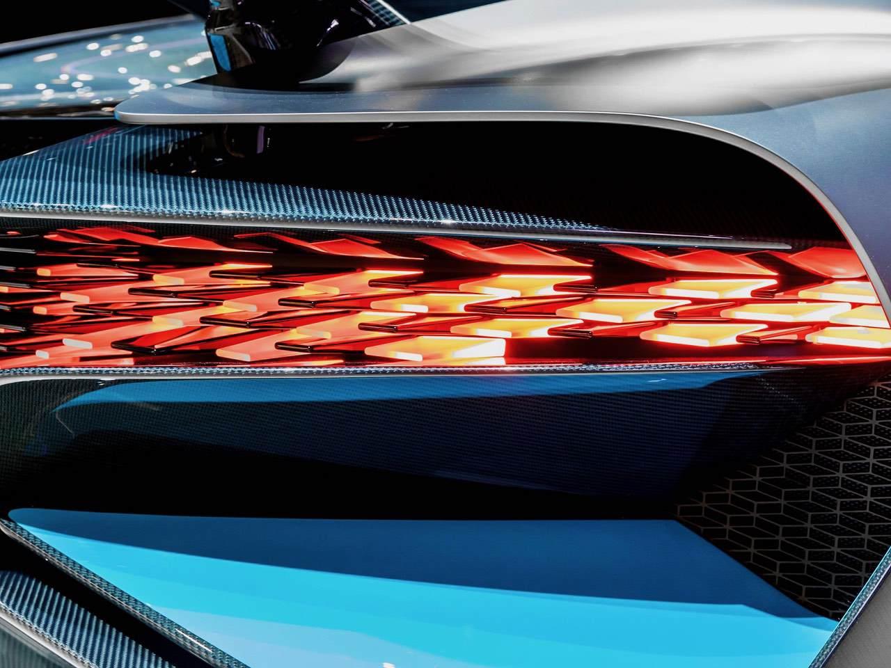 Bugatti-Divo-5