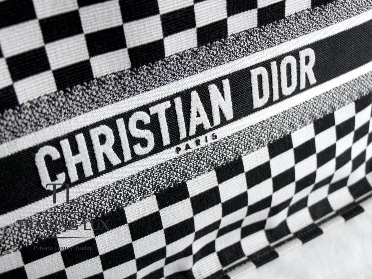 Dior-Book-Tote-Limited-Edition-6