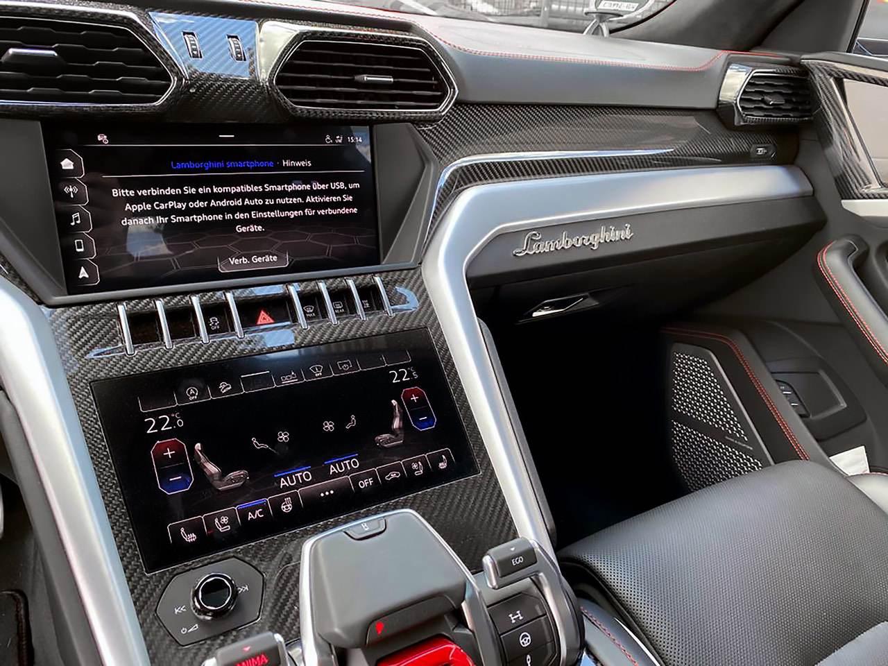 Lamborghini-Urus-11