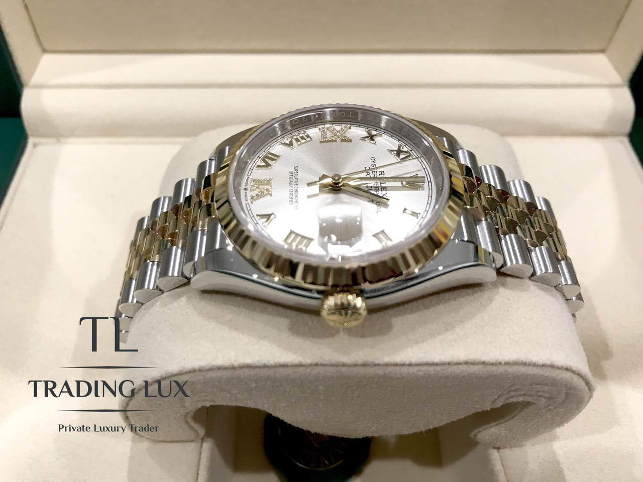 Rolex-Datejust-Silver-Roman-Numeral-126233-5