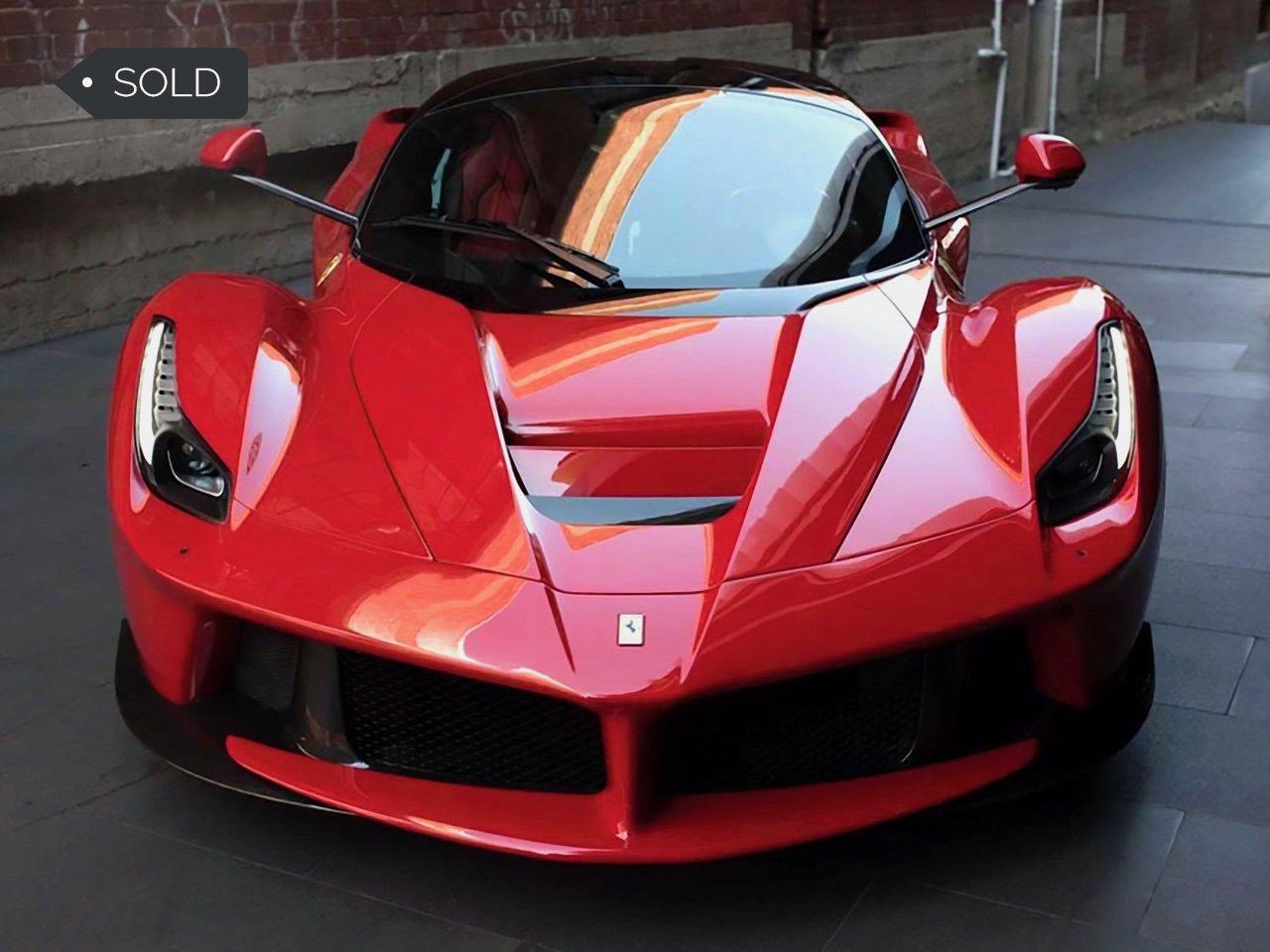 Ferrari-LaFerrari-9