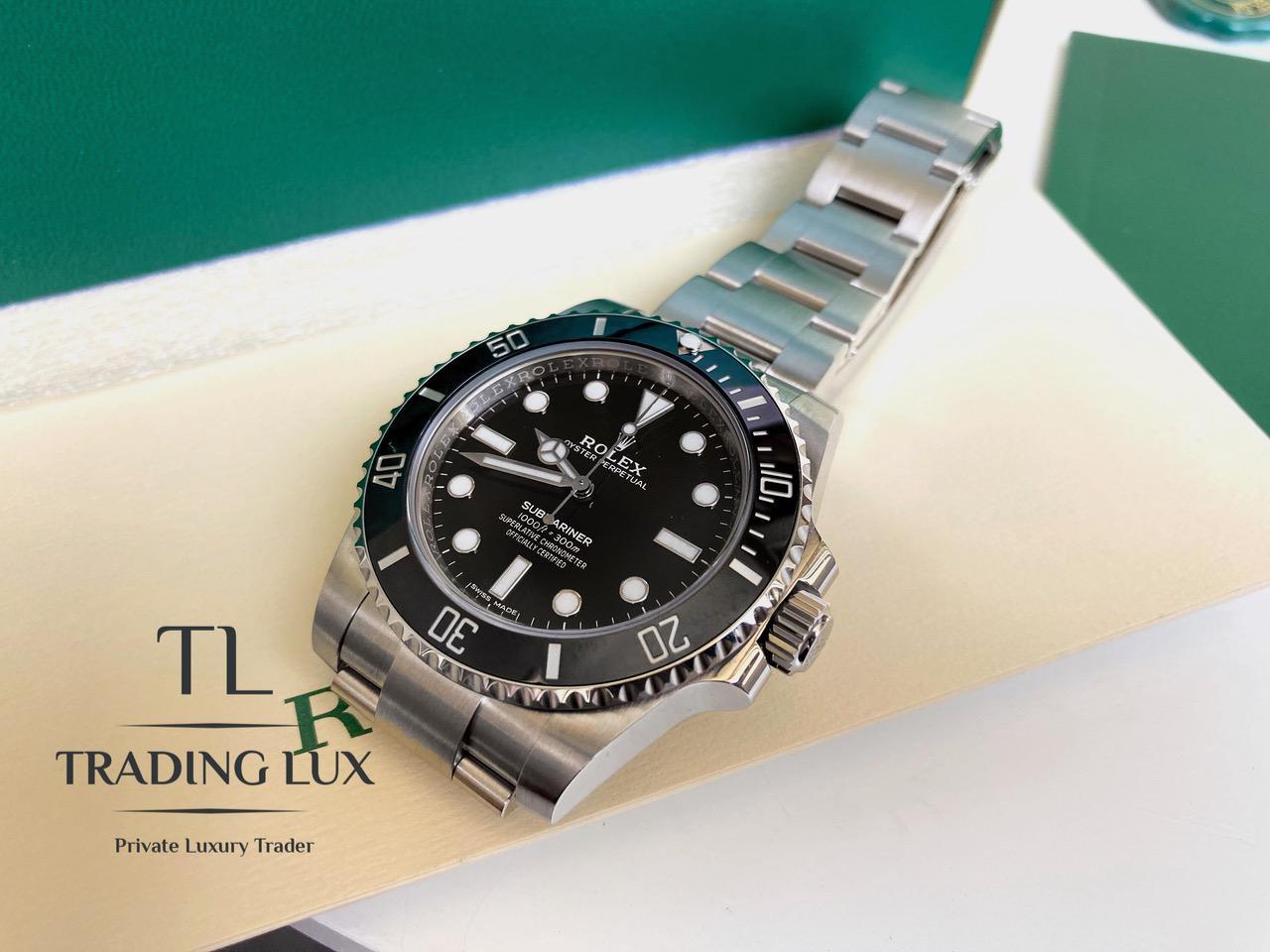 Rolex-Submariner-114060-10