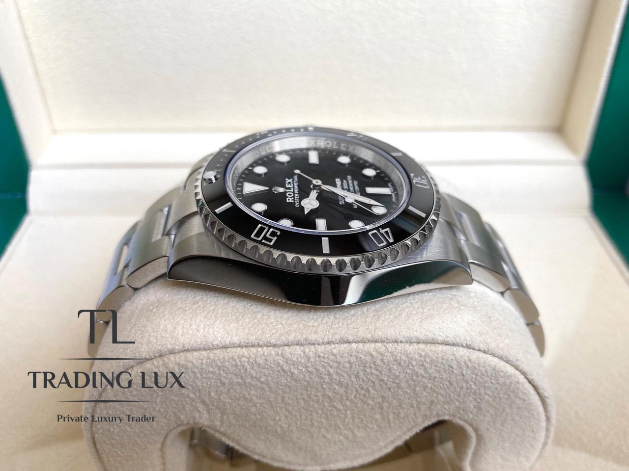 Rolex-Submariner-114060-3