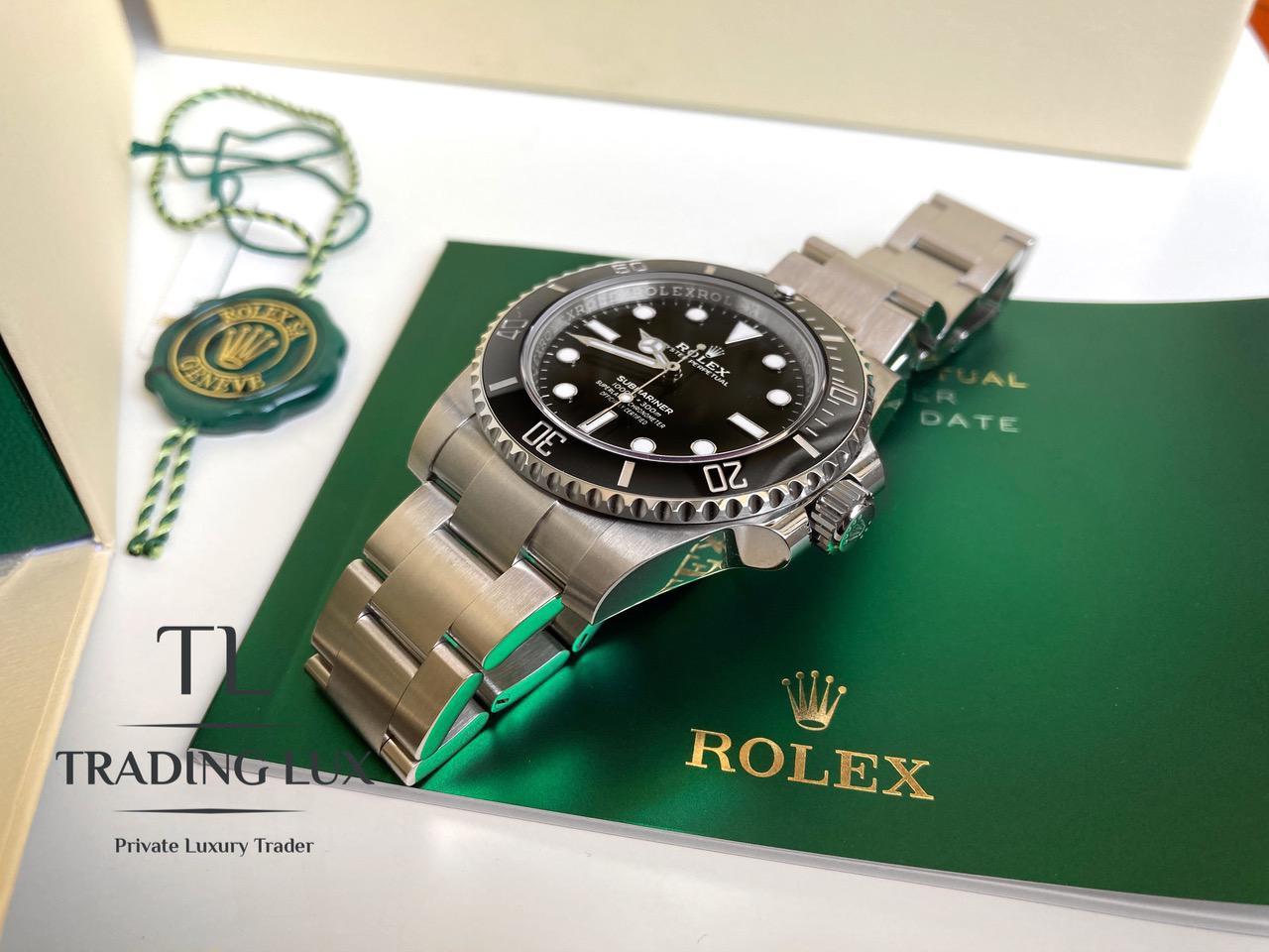 Rolex-Submariner-114060-9