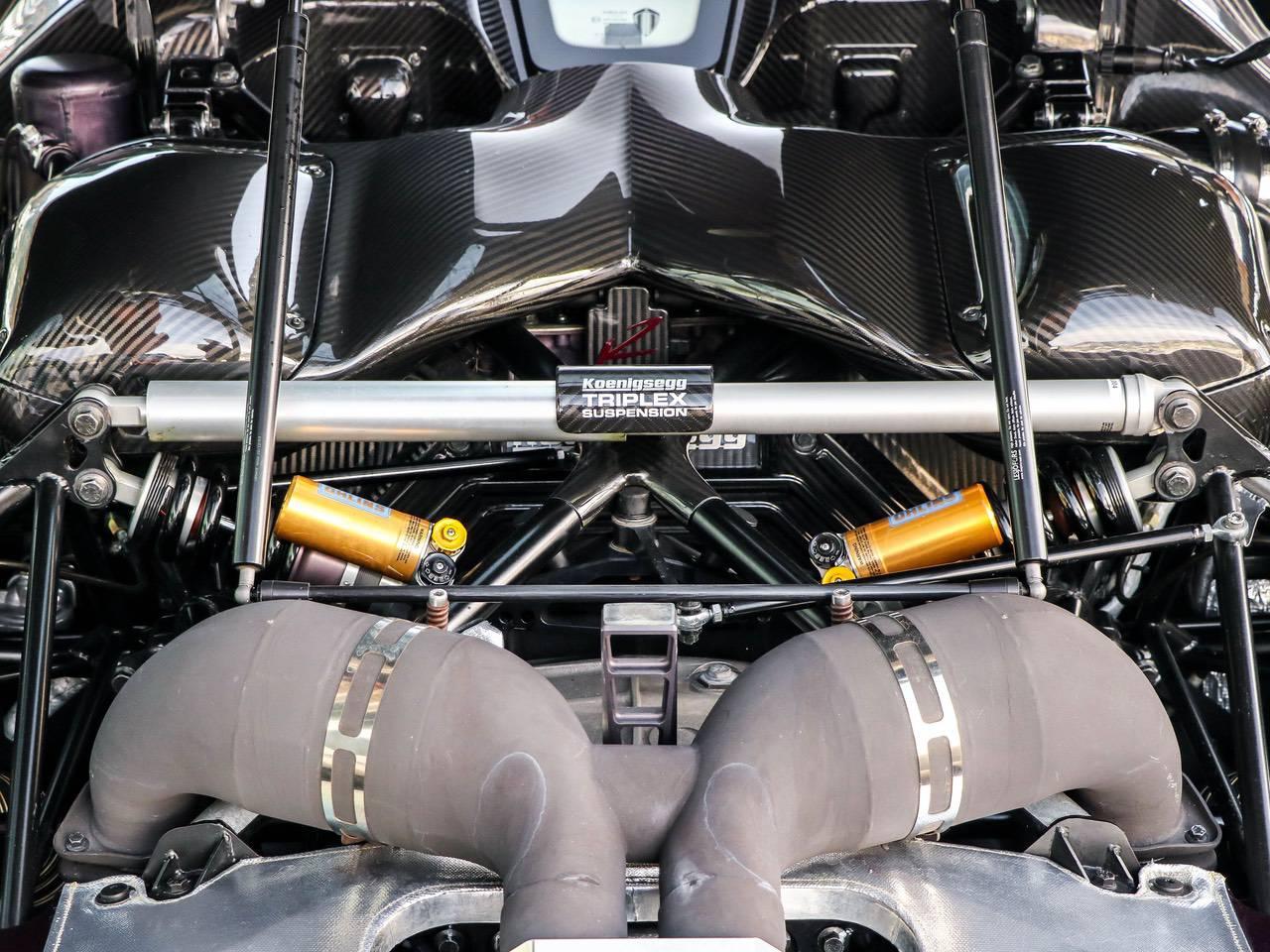 Koenigsegg-Agera-R-11