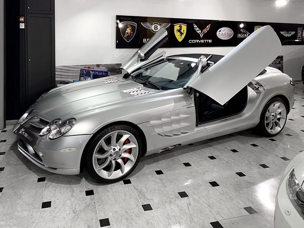 Mercedes-Benz-SLR-Roadster-55-AMG-1