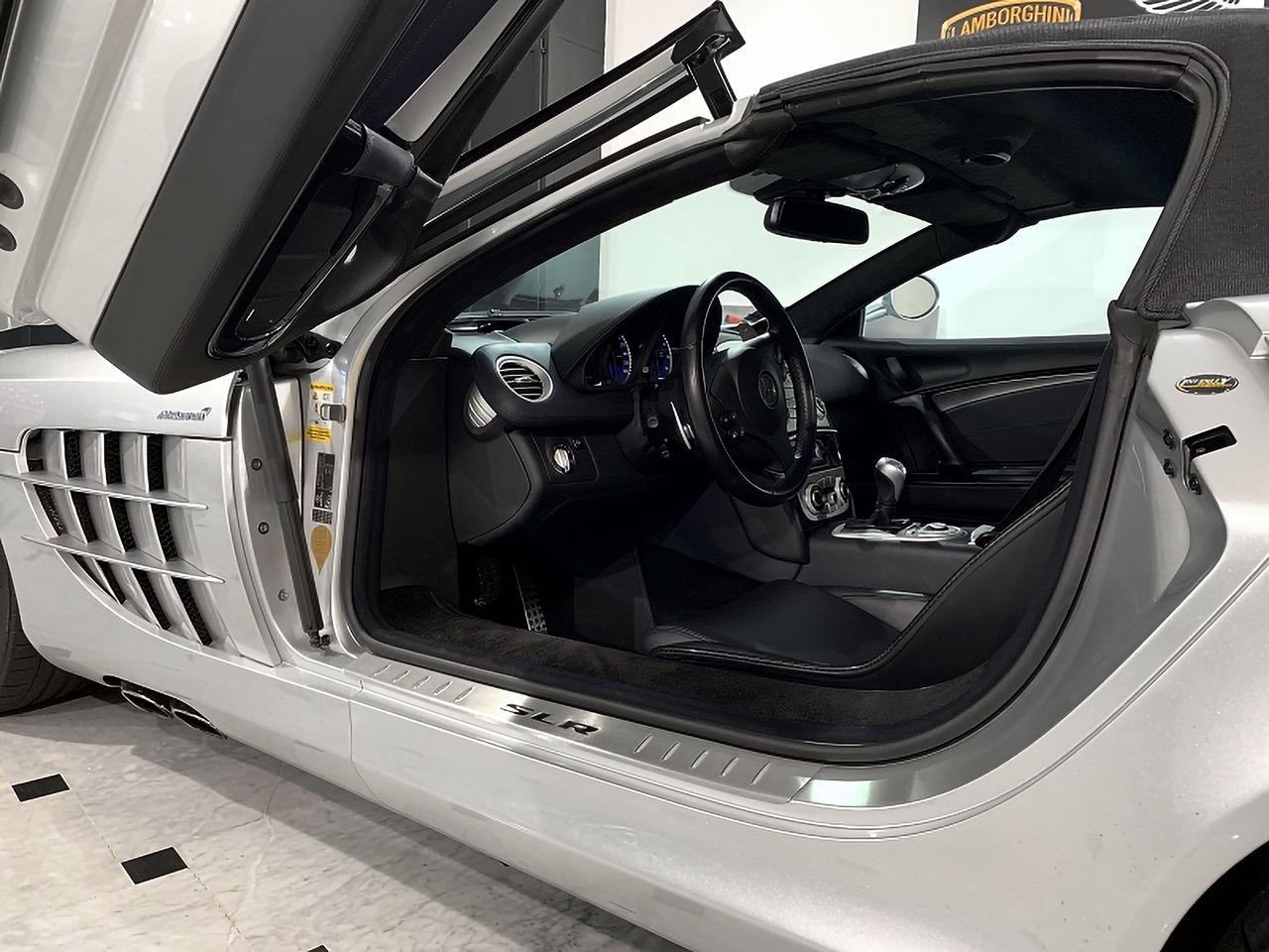 Mercedes-Benz-SLR-Roadster-55-AMG-5