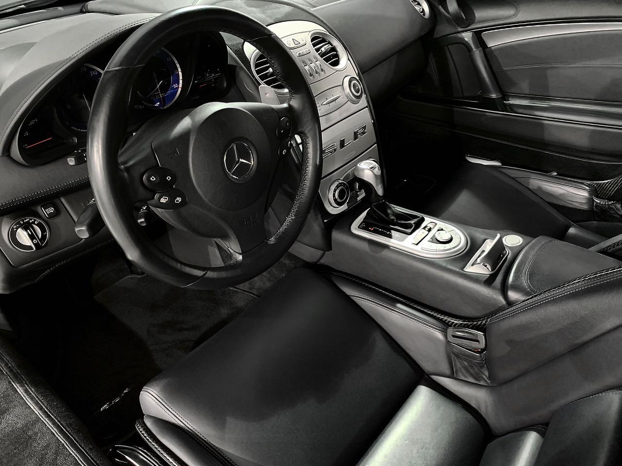 Mercedes-Benz-SLR-Roadster-55-AMG-6