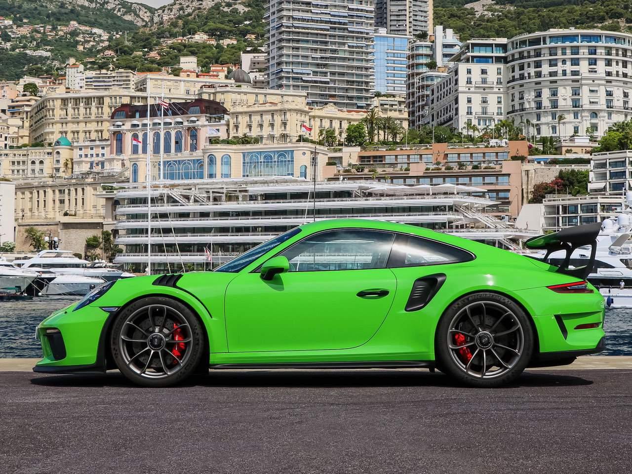 Porsche-911-Coupè-991-GT3-RS-PDK-7