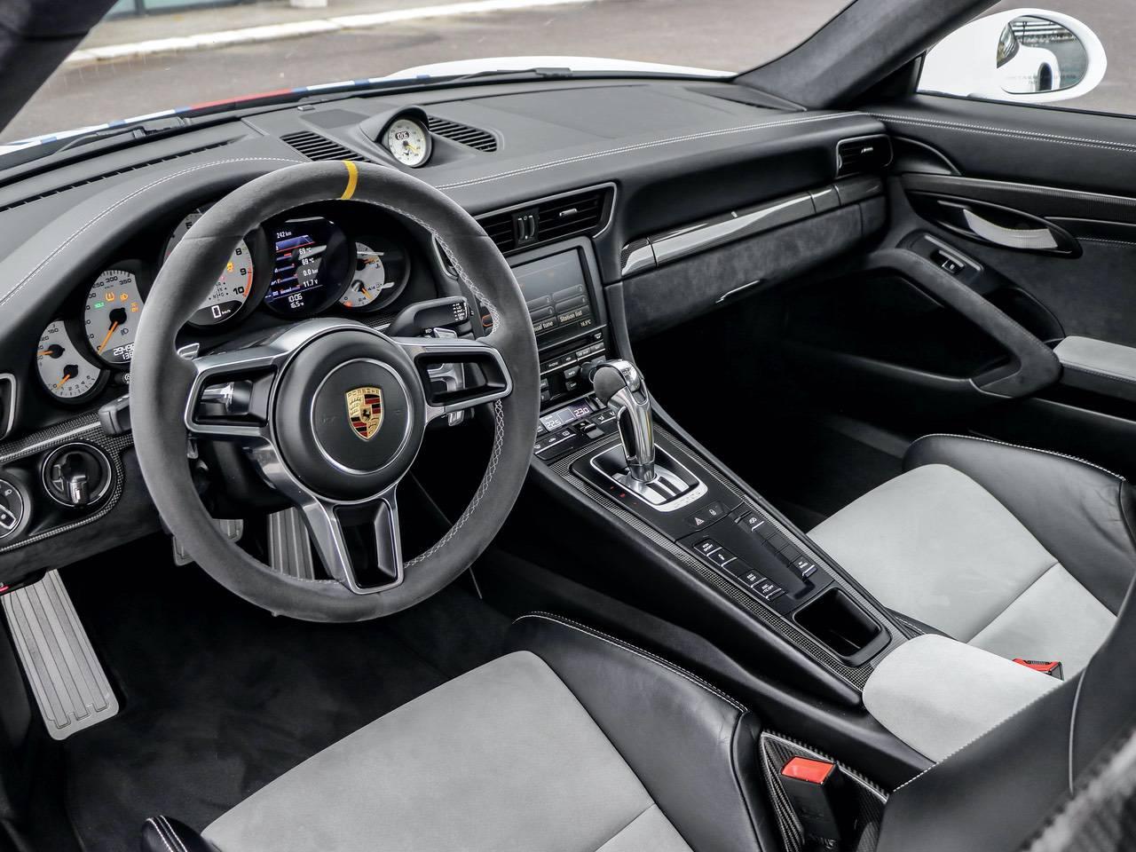 Porsche-991-Coupè-991-PDK-GT3-RS-Martini-4