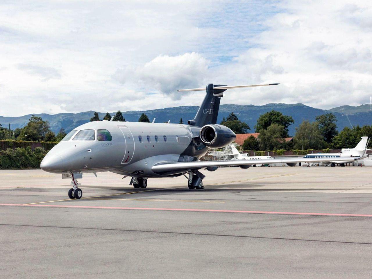 Embraer-Legacy-450-6