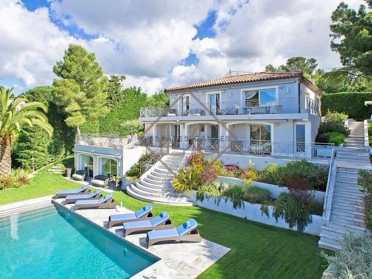 Luxury-Neo-Provencal-Villa-in-Cannes-0