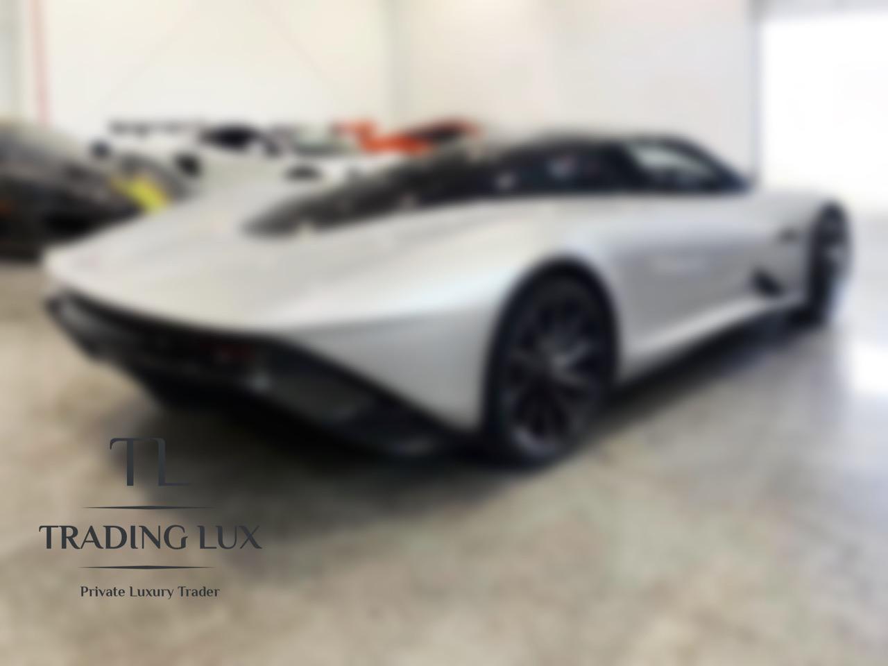 McLaren-Speedtail-2020-1